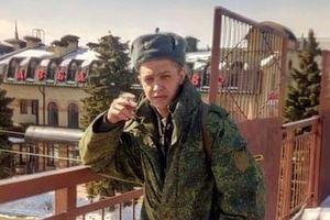 Прямо в сердце: на Донбассе боевика зарезала любимая женщина