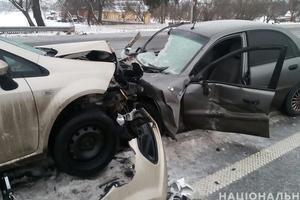 Масштабное ДТП в Житомирской области: столкнулись легковушки и грузовик, погиб мужчина