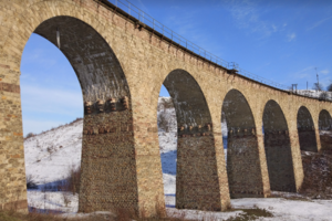 В Тернопольской области поезд Киев - Рахов застрял в поле на пять часов