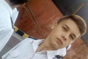 """""""Не забывайте нас"""": самый молодой пленный моряк написал письмо из российского СИЗО"""