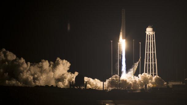 """Пуск ракеты американской ракеты """"Антарес"""", созданной при участии украинских предприятий. Фото: Getty"""