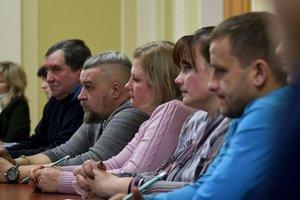Родственники пленных моряков приедут к ним на суд в Москву