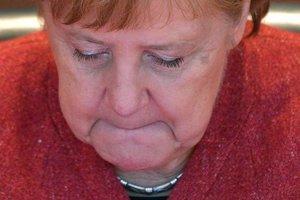 Меркель теряет поддержку: треть немцев хочет отставки канцлера