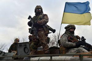 В стране закончилось военное положение, а УПЦ МП придется сменить название: ТОП-5 главных событий недели