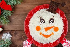 """Как приготовить салат """"Снеговик"""" на Новый год"""