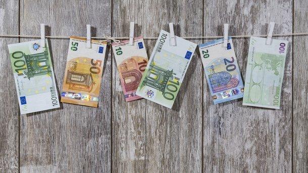 ЕСсянваря прекращает выпуск банкнот номиналом 500евро