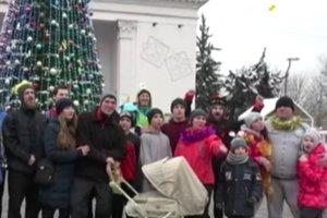 Мариупольцы в первый день нового года провели костюмированный забег