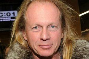 В первый день нового года в России умер автор известного хита
