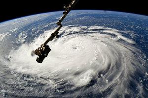 На Таиланд надвигается мощный ураган: около 30 тысяч человек эвакуированы