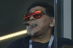 Марадону срочно госпитализировали из-за внутреннего кровотечения