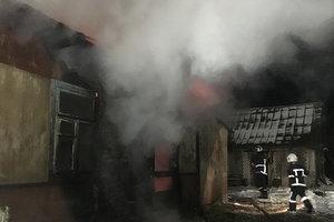 Под Ровно жуткий пожар в жилом доме унес жизни двух человек