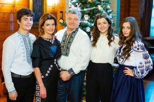 Порошенко призвал украинцев 7 января собраться на Софиевской площади для общей молитвы