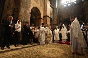 Порошенко после Рождественской литургии поздравил страну с Томосом