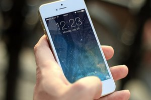 Молодой человек купил iPhone и потерял почки