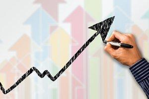 Украинская экономика может расти быстрее — эксперт