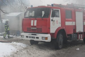 В Запорожье вспыхнул пожар в магазине: опубликованы фото