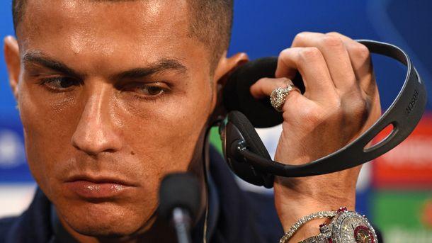 Экс-девушка Роналду назвала футболиста психопатом и сообщила  оего угрозах