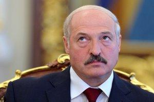 На фоне разногласий с Россией Лукашенко решил наладить отношения со США
