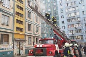 В Виннице из многоэтажки эвакуировали 12 человек из-за пожара