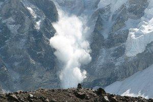 Горнолыжный курорт в Болгарии накрыло лавиной: погибли туристы