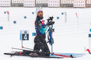 Мартен Фуркад назвал позором победу российского биатлониста