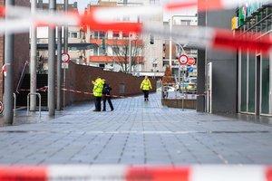 В Германии беженец напал с ножом на беременную женщину: ребенка спасти не удалось