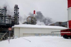 В России снова загорелся нефтеперерабатывающий завод