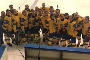 Женская сборная Украины выиграла свой первый матч в квалификации хоккейного ЧМ