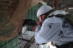 На Донбассе боевики устроили 14 обстрелов и получили жесткий ответ