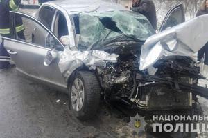 В Винницкой области столкнулись легковушка и грузовик: есть пострадавшие