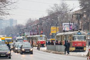В Днепре пьяный дебошир пытался избить водителя трамвая