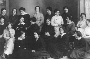 Каторжанки. Фанни Каплан с подругами по несчастью в Акатуйской тюрьме, 1913 г. (крайняя справа)
