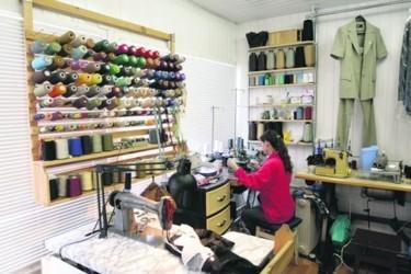 Мелкий ремонт одежды на дому бизнес идея