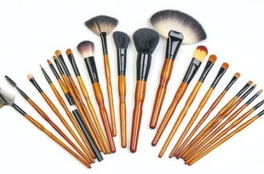 Косметика кисточки для макияжа