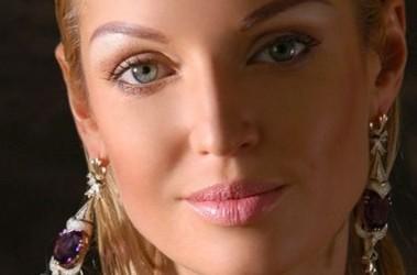Анастасия Волочкова снова сядет за парту Новости шоу бизнеса  Волочкова станет студенткой