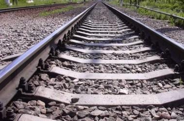 Пьяная несовершеннолетняя девушка упала на рельсы возле вокзала