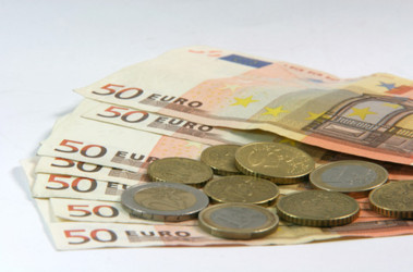 Курс евро в марте