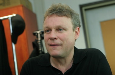 """Сергей Жигунов: """"Мне 12 раз звонили, чтобы снялся в ...: http://www.segodnya.ua/life/interview/cerhej-zhihunov-mne-12-raz-zvonili-chtoby-cnjalcja-v-predvybornom-rolike.html"""