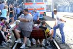 Поезд Харьков–Белгород, отправление которого сегодня блокировали недовольные отменой электричек пассажиры...