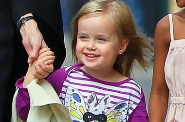 Дочка Анджелины Джоли – маленькая киноактриса новые фото