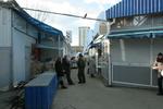 На скандальном Лукьяновском рынке поставили запрещенные палатки