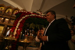 Янукович молился на Афоне за 600 тыс. гривен