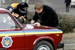 В Киеве произошла авария возле остановки общественного транспорта