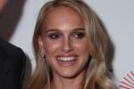 Натали Портман превратилась в ослепительную блондинку