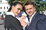 Экс-муж Подкопаевой показал жену и новорожденную дочь Николь