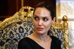 Анжелина Джоли спровоцировала слухи о своей тяжелой болезни
