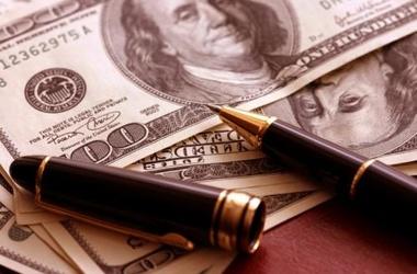 Почему меняется курс доллара