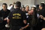В Черногории фаны устроили бойню