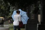 Киевлян заставят платить за дождь