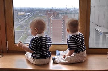 фото дети близнецы мальчики